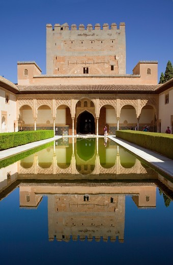 'Patio de los Arrayanes', Courtyard of the Myrtles, Comares Palace, Nazaries palaces, Alhambra, Granada, Andalusia, Spain : Stock Photo