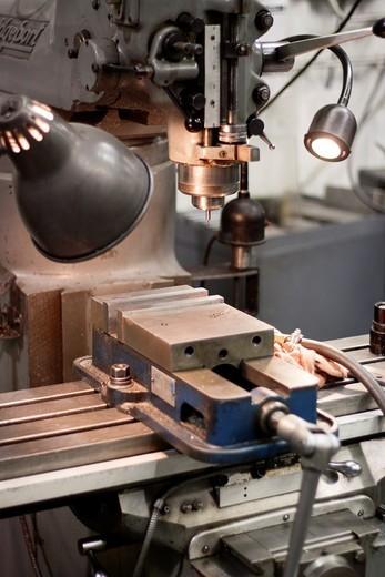 Stock Photo: 1566-913850 A Bridgeport drill press