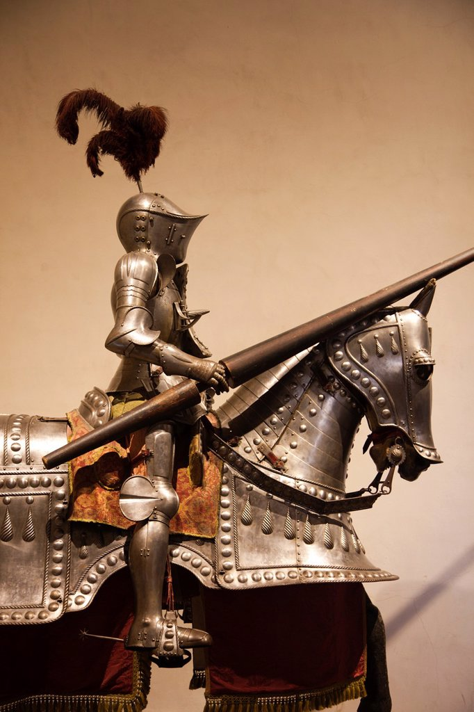 Stock Photo: 1566-915926 Spain, Castilla y Leon Region, Segovia Province, Segovia, The Alcazar, suits of armor