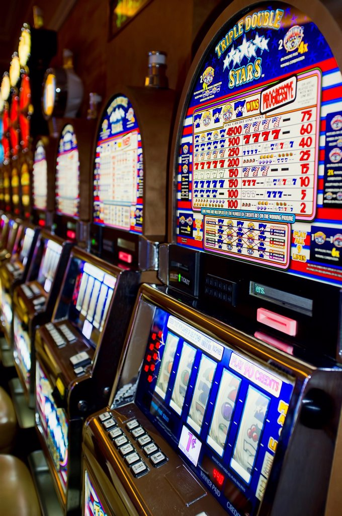 Stock Photo: 1566-916135 Casino Slot Machines in Las Vegas