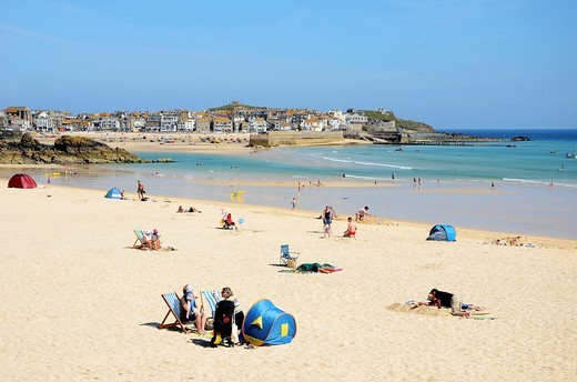 A quiet day at porthminster beach in st ives, cornwall, uk : Stock Photo