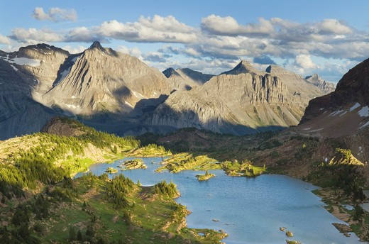 Limestone Lakes Basin, Height-of-the-Rockies Provincial Park British Columbia Canada : Stock Photo