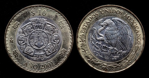 10 peso coin, Mexico, 2001 : Stock Photo