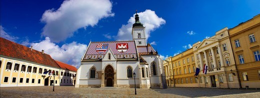 Late Gothic church of St  Mark´s Church Crkva sv  Marka , with Croatian Parliamnet  right Zagreb, Croatia : Stock Photo