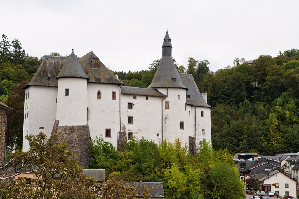 Stock Photo: 1566-920759 The picturesque castle of Clervaux, Luxembourg, Europe