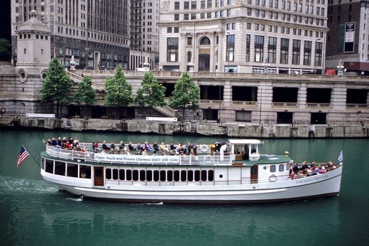 Architectural Sightseeing Boat, Chicago River, Chicago, Illinois, USA´ : Stock Photo