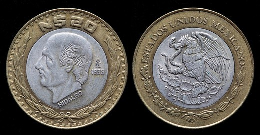 20 nuevo pesos coin, Mexico, 1993 : Stock Photo