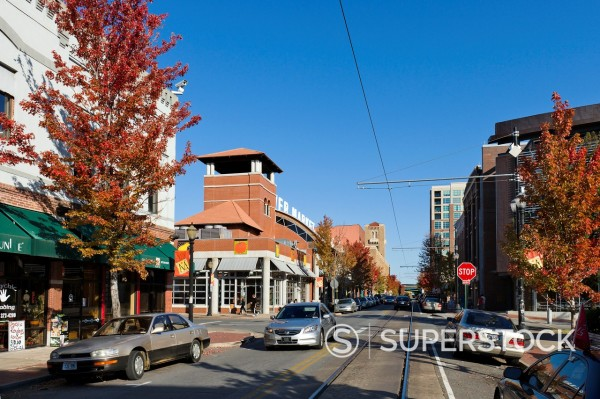 Stock Photo: 1566-923603 Shops, bars and restaurants on President Clinton Avenue in the River Market District in downtown Little Rock, Arkansas, USA