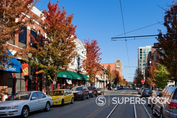 Shops, bars and restaurants on President Clinton Avenue in the River Market District in downtown Little Rock, Arkansas, USA : Stock Photo