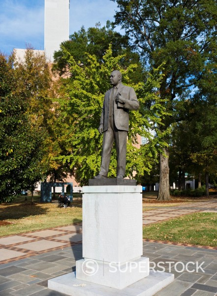 Stock Photo: 1566-923848 Statue of Reverend Martin Luther King in Kelly Ingram Park, Civil Rights District, Birmingham, Alabama, USA
