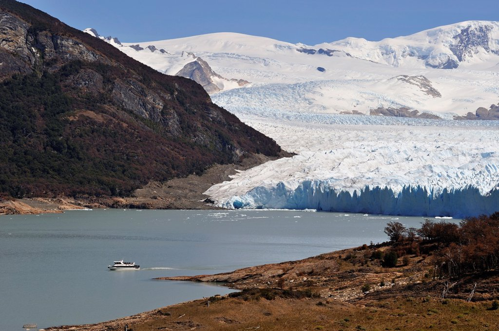 Perito Moreno Glacier, around El Calafate, Santa Cruz province, Patagonia, Argentina, South America : Stock Photo