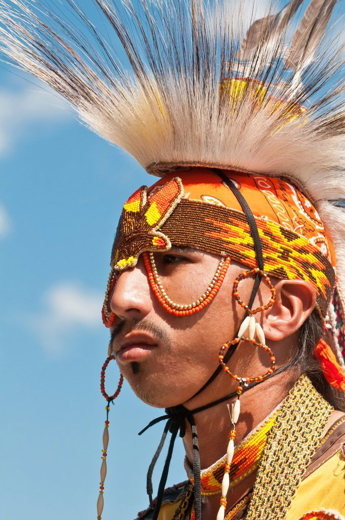Stock Photo: 1566-927717 Young Blackfoot man in traditional regalia, Siksika Nation Pow-wow, Gleichen, Alberta, Canada