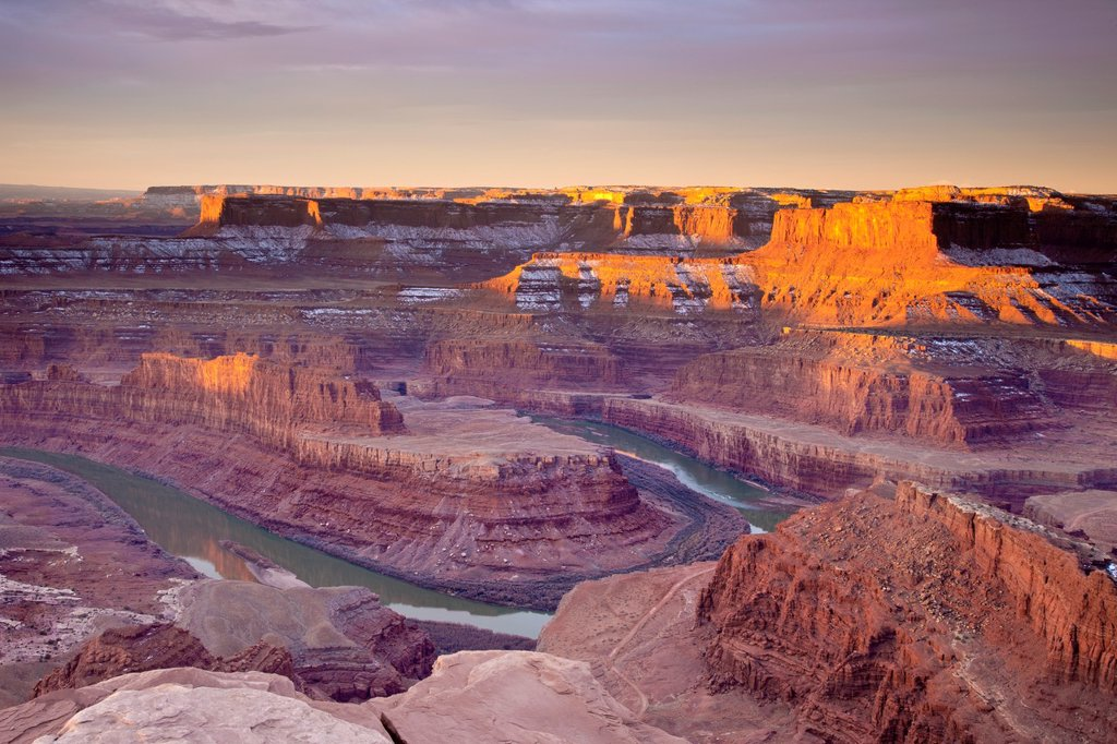 Stock Photo: 1566-928992 Sunrise over the Colorado River below Dead Horse State Park near Moab Utah, USA