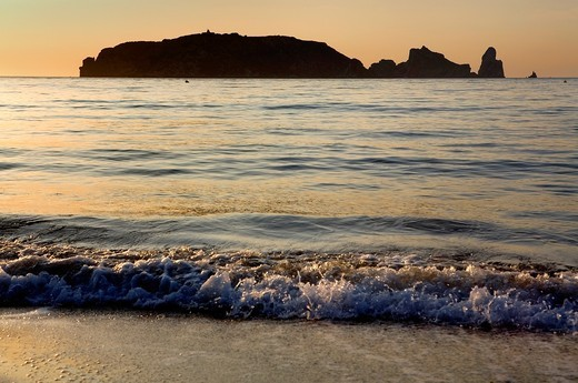 Stock Photo: 1566-931806 L´Estartit  Gran beach  In background Medes Islands Costa Brava  Girona province  Catalonia  Spain