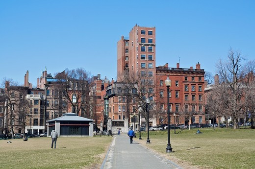 Stock Photo: 1566-931886 Boston Common, the oldest city park in the United States, first opened in 1634  Boston, Massachusetts, United States