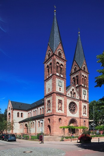D-Heidelberg, Neckar, Rhine-Neckar area, nature reserve Neckartal-Odenwald, Bergstrasse, Odenwald, Baden-Wuerttemberg, D-Heidelberg-Weststadt, church Saint Bonifatius, catholic church, basilica, neo-Romanesque style : Stock Photo