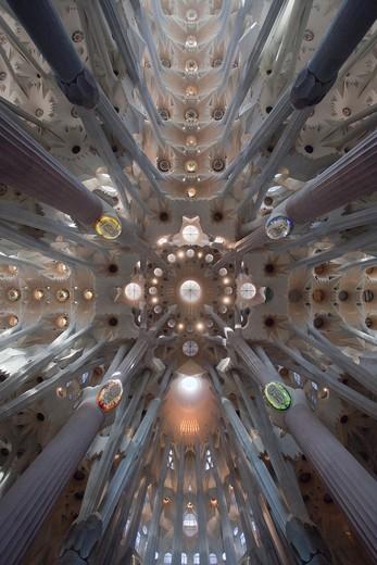 Stock Photo: 1566-936197 Spain, Catalunya Region, Barcelona City, Sagrada Familia Temple inside, Roof.