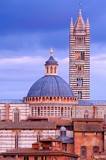 Stock Photo: 1566-937088 Siena, Duomo, Cathedral, Duomo Cathedral at Sunset, UNESCO World Heritage Site,Tuscany, Italy.