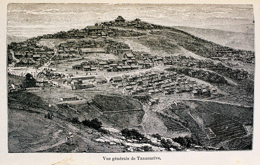 France-Madagascar-History-XIXc - ´Vue générakle de Tananarive´, from the book ´Madagascar, la reine des Iles Africaines´, 1883 : Stock Photo