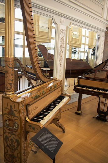 Stock Photo: 1566-942950 Instruments exhibited inside MIM: Musee des Instuments de Musique Musical Instruments Museum