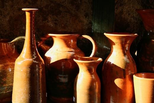 Stock Photo: 1566-949503 pottery shop in orvieto umbria italy