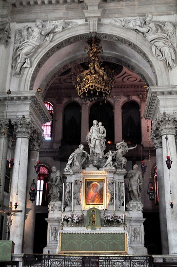 Stock Photo: 1566-950621 Venezia (Italy): chapel at the Basilica of Santa Maria della Salute
