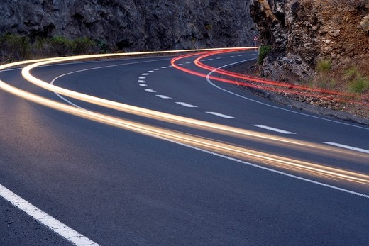 Stock Photo: 1566-950873 Road and traffic lights, Isla de la Palma, Canary Islands, Spain