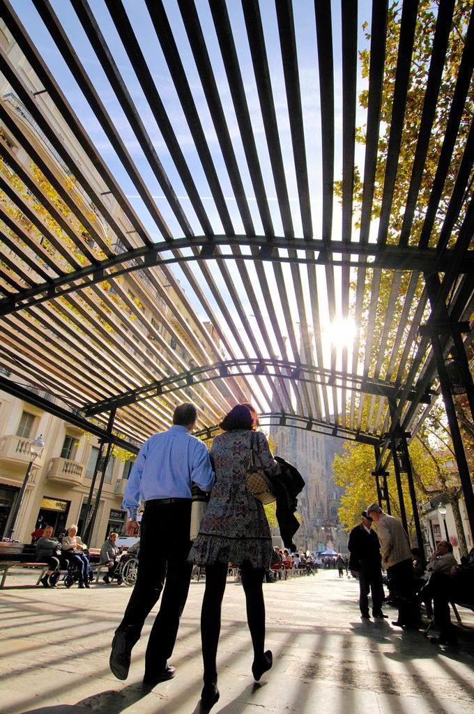 Gaudi avenue. Sagrada Familia neighborhood. Eixample district, Barcelona, Catalonia, Spain. : Stock Photo