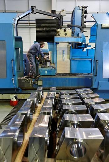 Numerically controlled milling machine, metallurgy, Gipuzkoa, Euskadi, Spain : Stock Photo