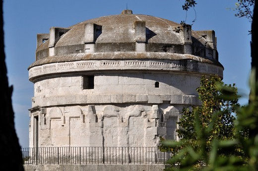 Stock Photo: 1566-958061 Ravenna (Italy): the Mausoleo di Teodorico