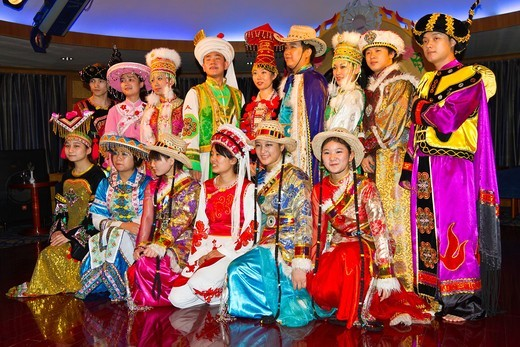 Ethnic Chinese dancers perform a cultural show on the Empress Victoria riverboat on the Yangtze River, China : Stock Photo