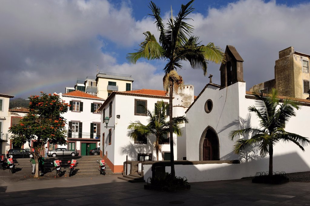 square and chapel Corpo-Santo in the old town, Funchal, Madeira island, Atlantic Ocean, Portugal : Stock Photo