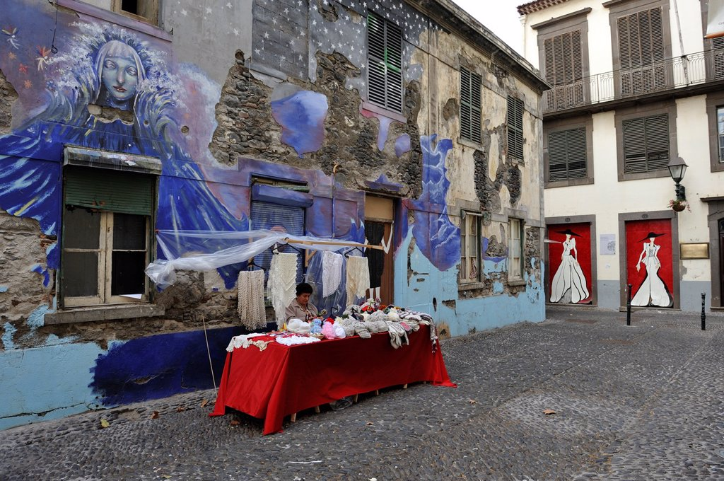 Stock Photo: 1566-960356 knitting stand in a street of the old town of Funchal, Madeira island, Atlantic Ocean, Portugal