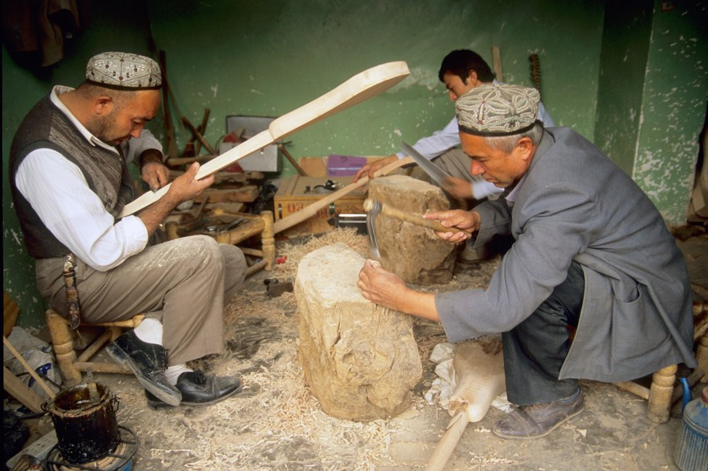 Stock Photo: 1566-960937 China, Xinjiang, Kashi Kashgar uyghur craftsmen