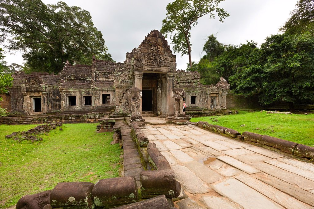 Stock Photo: 1566-961395 Preah KhanPrah Khan, Sacred Sword, is a temple at Angkor, Cambodia, built in the 12th century for King Jayavarman VII, It is located northeast of Angkor Thom, Angkor, UNESCO World Heritage Site, Cambodia, Indochina, Southeast Asia, Asia