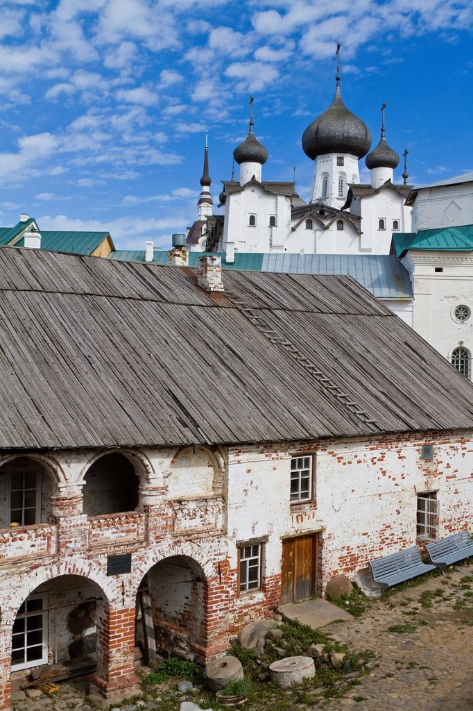 A view of the Russian Orthodox Solovetsky Monastery founded in 1436 by 2 monks on Bolshoy Island, Solovetsky Island Group, White Sea, Russia : Stock Photo