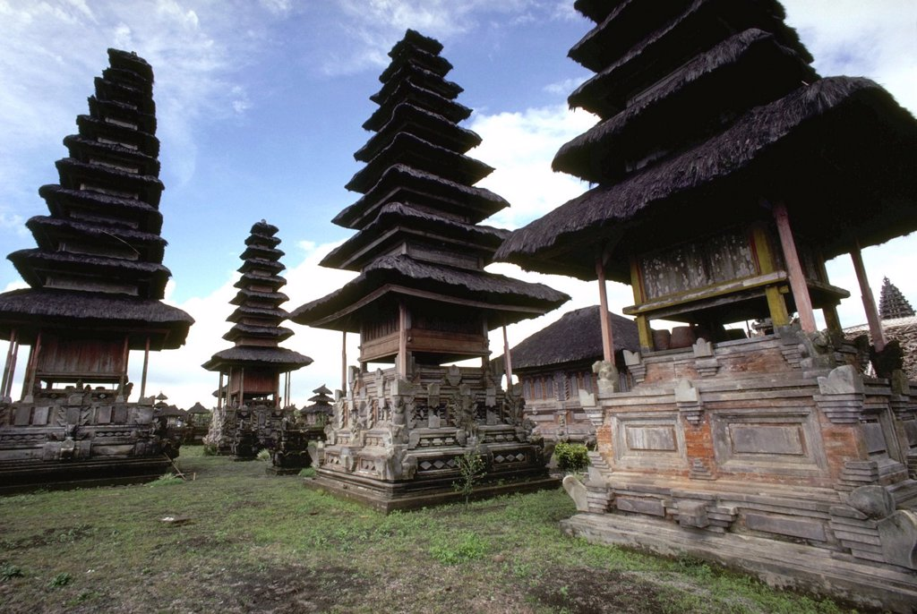 Stock Photo: 1566-962018 Indonesia, Bali, Kintamani, Ancestor Houses