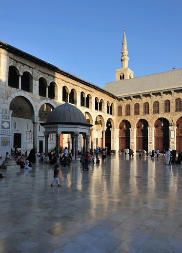 Stock Photo: 1566-962466 The courtyard of Umayyad Mosque  Damascus, Syria.