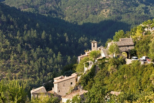 Stock Photo: 1566-964128 The scenic mountain village of Brantes, Provence, France, Europe