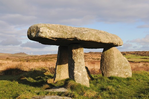 Stock Photo: 1566-964453 ´ lanyon quoit ´ an ancient burial chamber at madron near penzance in cornwall, england, uk