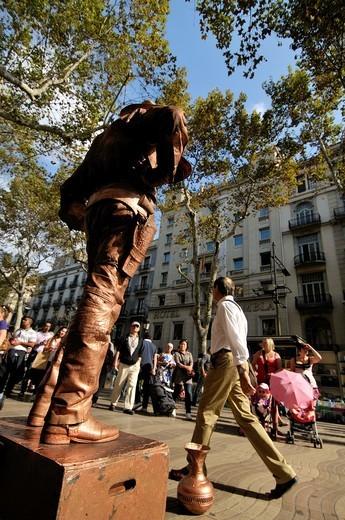 Human statues. La Rambla, Barcelona, Catalonia, Spain. : Stock Photo