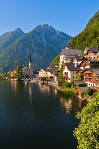 The picturesque village of Hallstatt in the Salzkammergut, Austria, Europe : Stock Photo