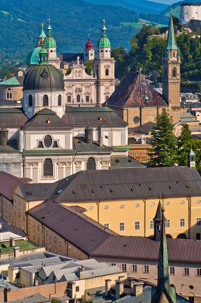 Stock Photo: 1566-967230 Overview of the Kollegienkirche (Kollegien church) and Salzburg Cathedral in Salzburg, Austria, Europe
