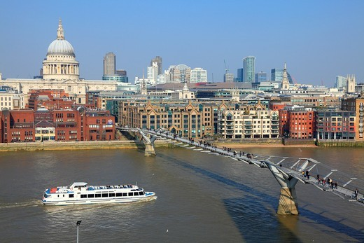 Millennium Bridge across the River Thames in London : Stock Photo