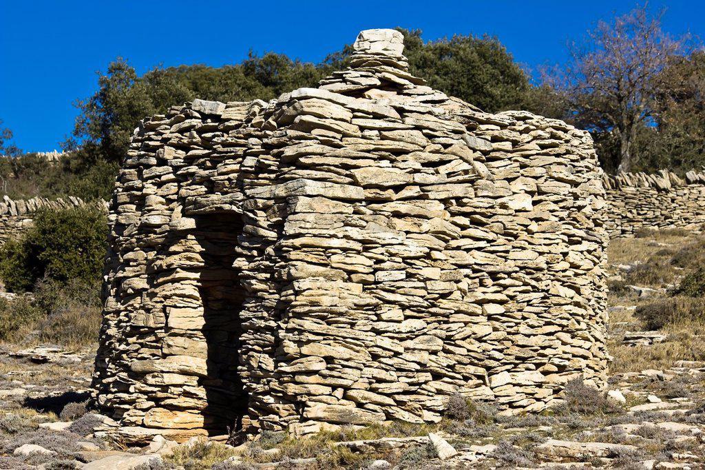 Stock Photo: 1566-973187 Dry stone hut - Ares - Alto Maestrazgo - Maestrazgo - Castellón Province - Comunidad Valenciana- Spain - Europe