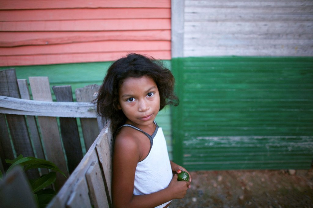 Stock Photo: 1566-977991 Portrait of a displaced girl in the slums of Colombia