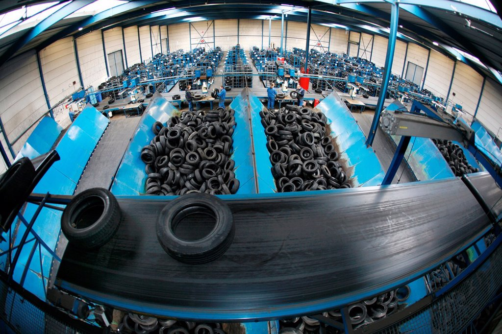 Recycling of tyres The best are stored and shipped to third world countries the bad tires are shredded into granulate and processed for different purposes All municipalities in The Netherlands are required to provide known collection points for recyclable : Stock Photo