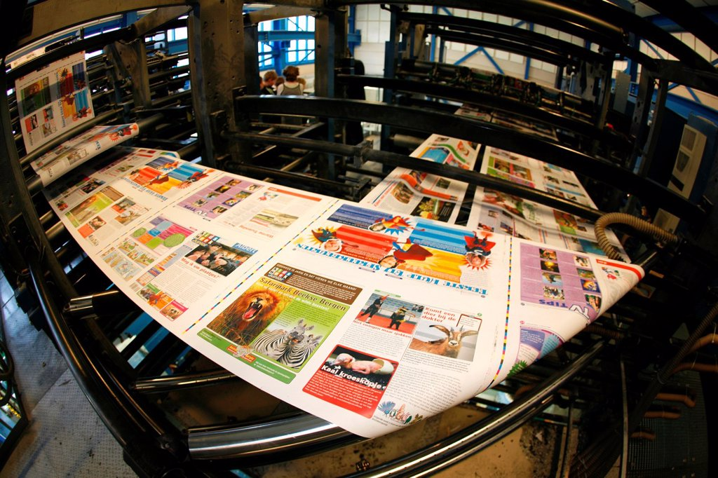Stock Photo: 1566-979345 Dijkman Offset printing This company prints the financieel dagblad Dutch financial times , kidsweek and other media