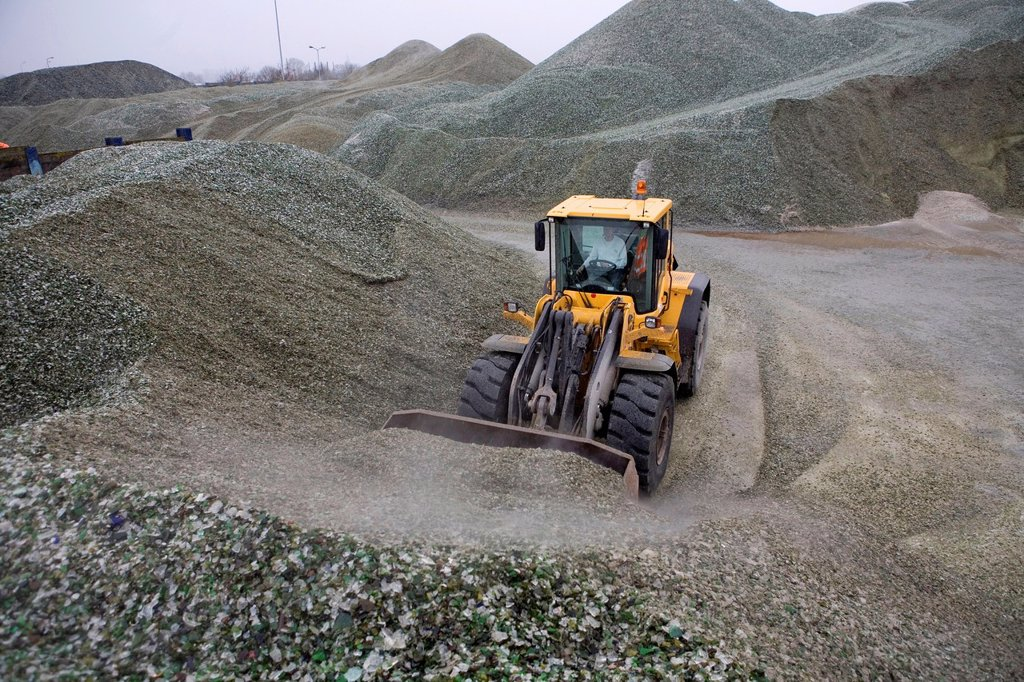 Stock Photo: 1566-979432 Recycling of toxic waste All municipalities in The Netherlands are required to provide known collection points for recyclable and/or hazardous materia...