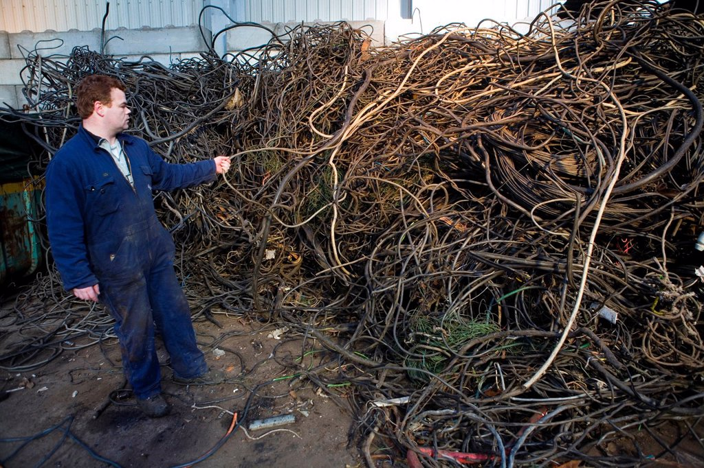 Stock Photo: 1566-979491 Recycling of electricity cables The wires are being shredded and then the metals seperated from the plastics All municipalities in The Netherlands are required to provide known collection points for recyclable and/or hazardous materials All types of separ